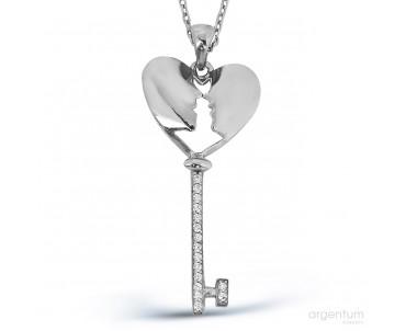 Zirkon Taşlı Gümüş Aşk...